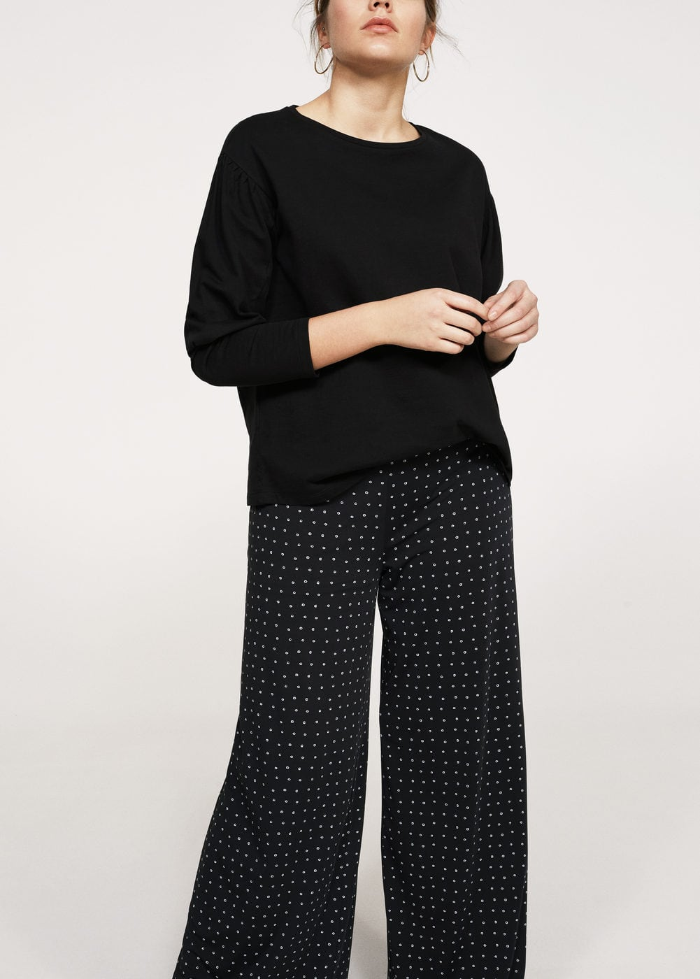 Polka dots flare trousers | VIOLETA BY MANGO