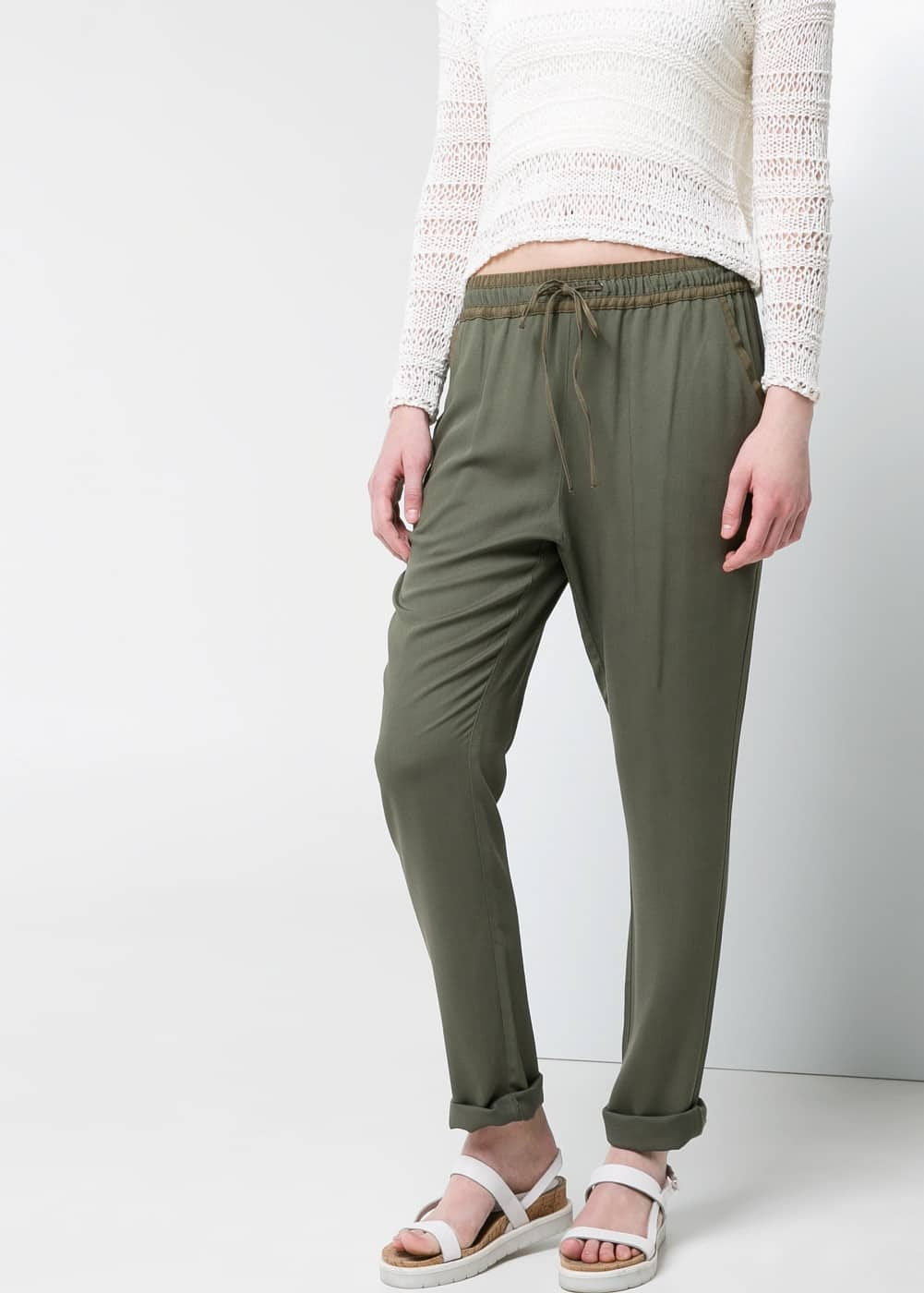 Flowy baggy trousers | MANGO