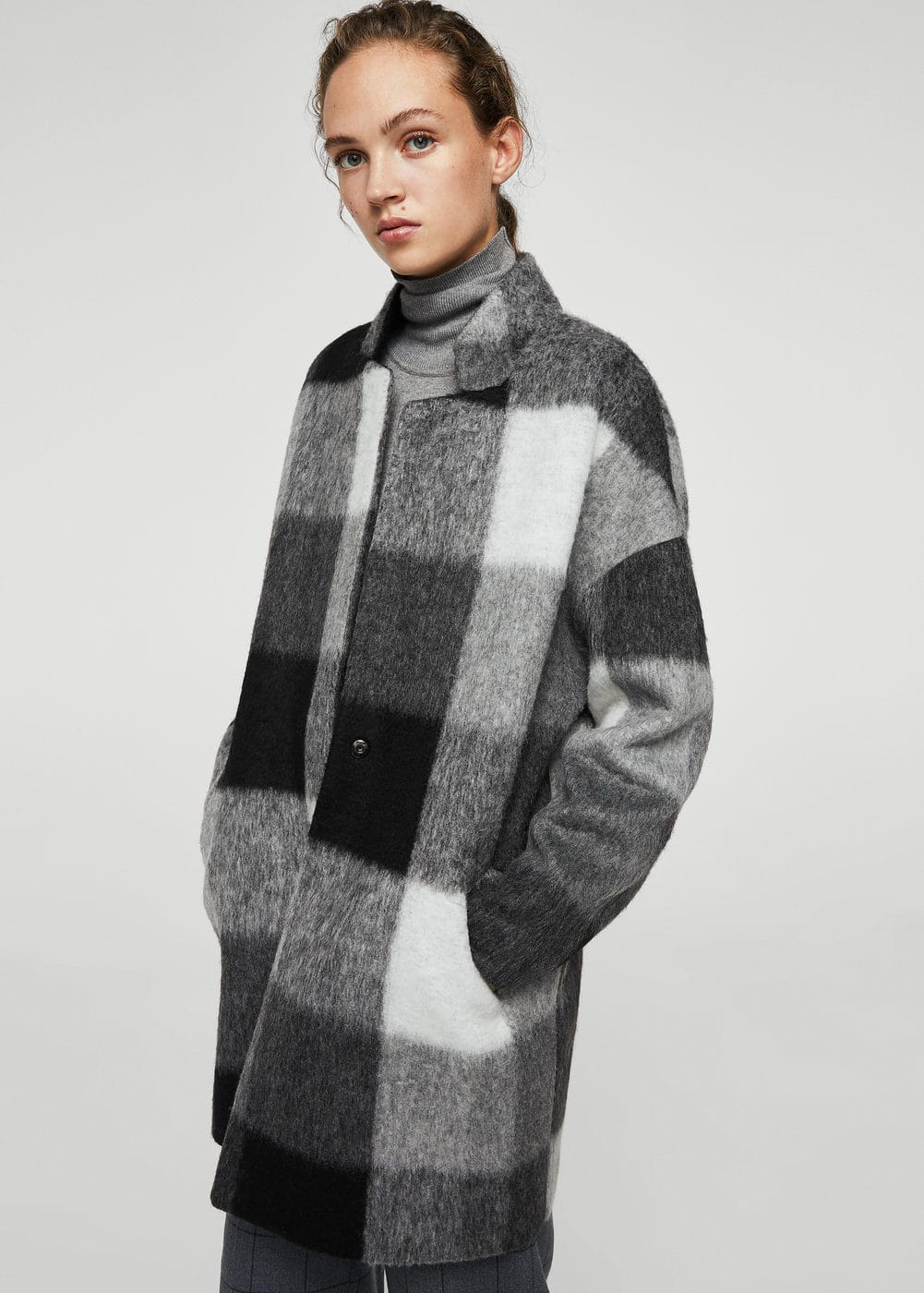 Textured cocoon coat | MANGO