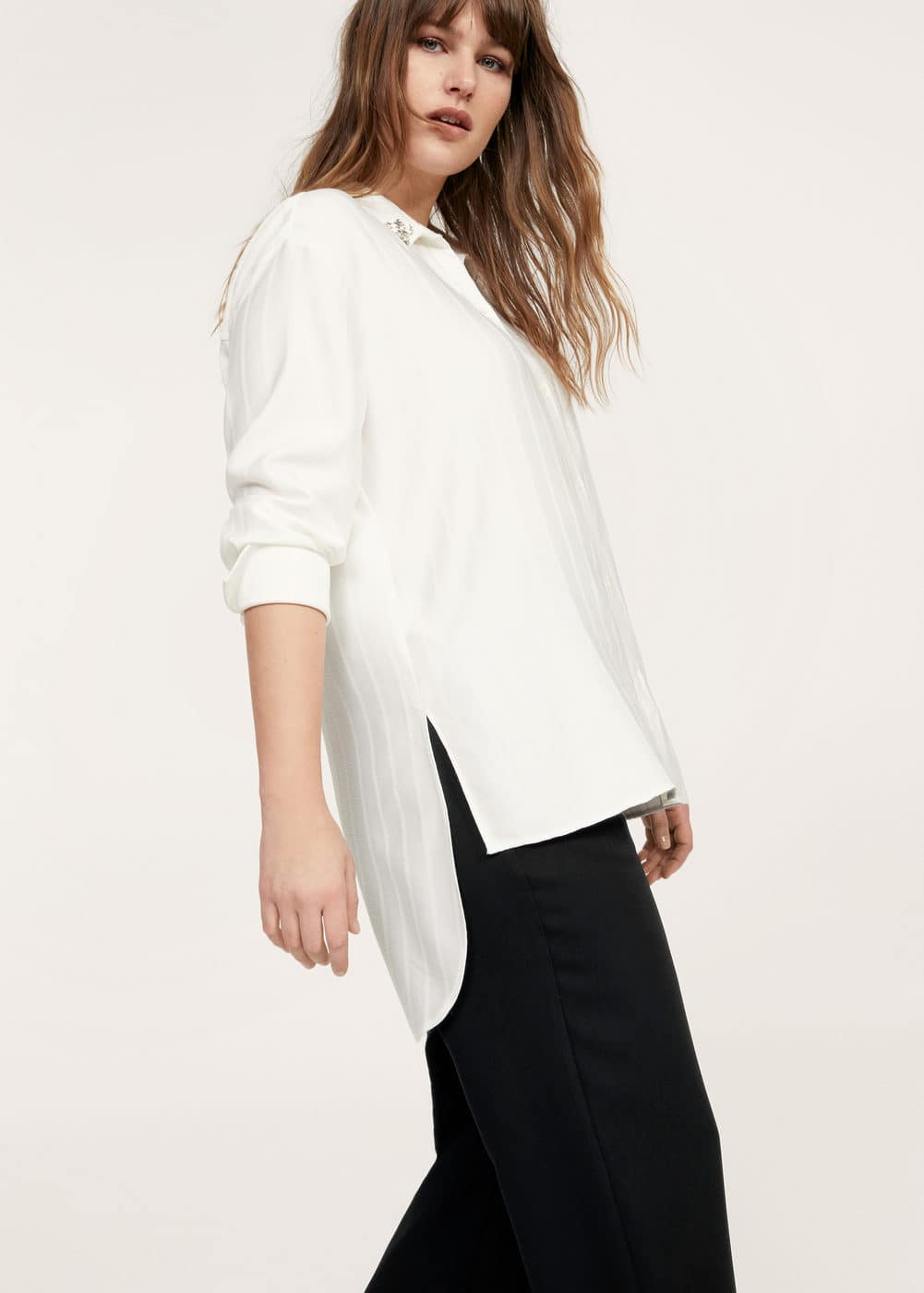Appliqués asymmetric shirt | VIOLETA BY MANGO