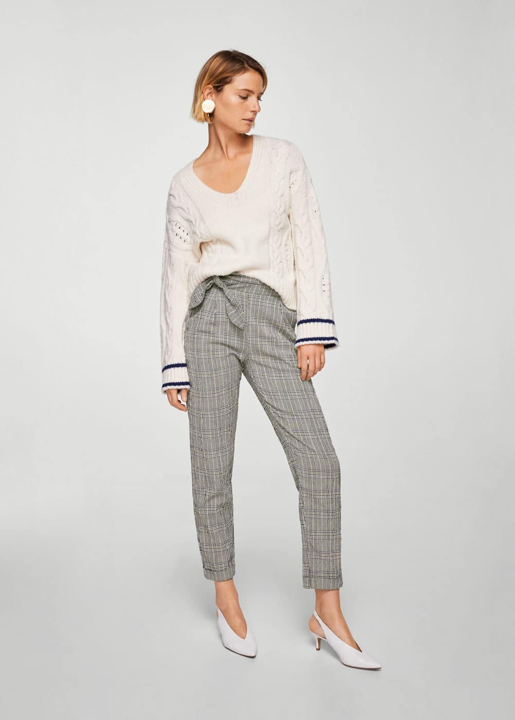 Knot detail trousers | MANGO