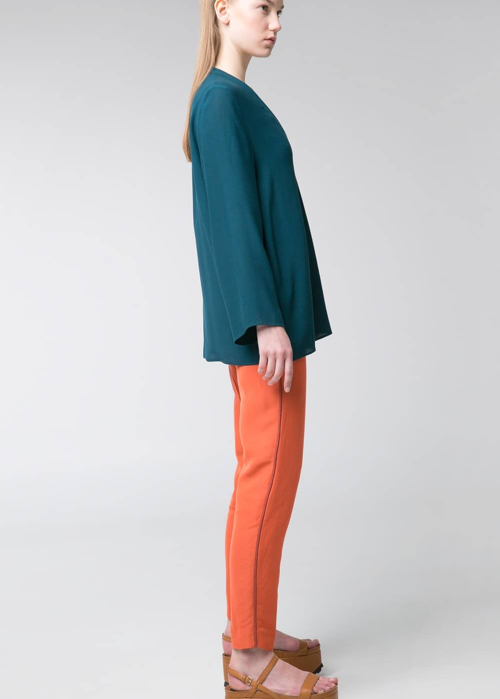 Premium - wrap neck blouse | MANGO