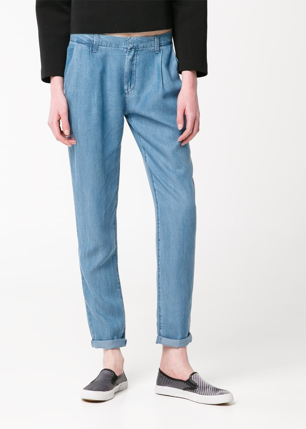 Soft fabric flowy trousers | MANGO