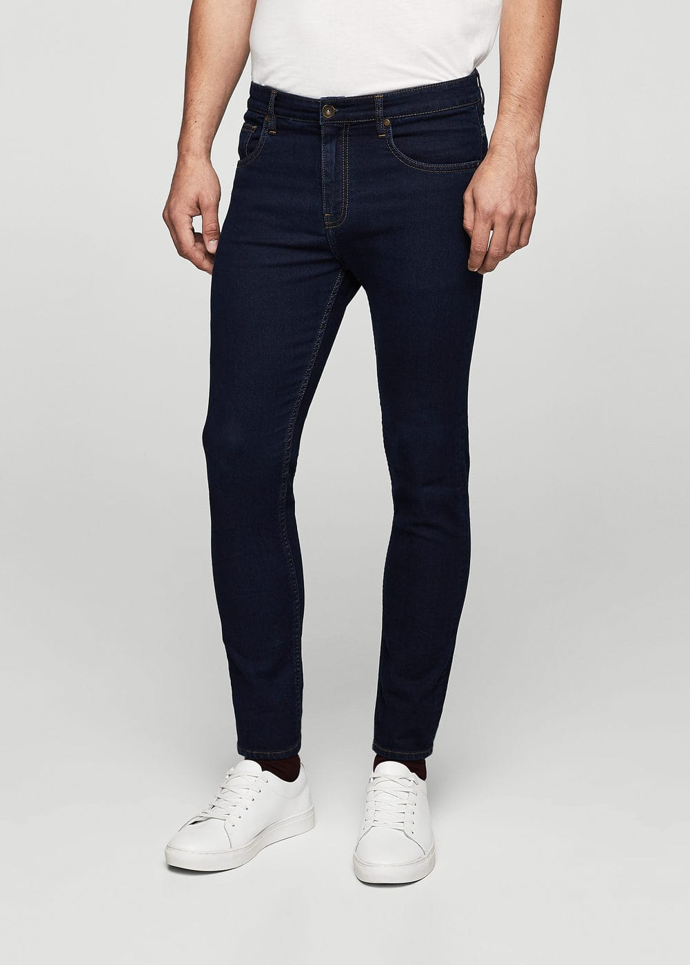Super skinny dark wash chuck jeans | MANGO MAN