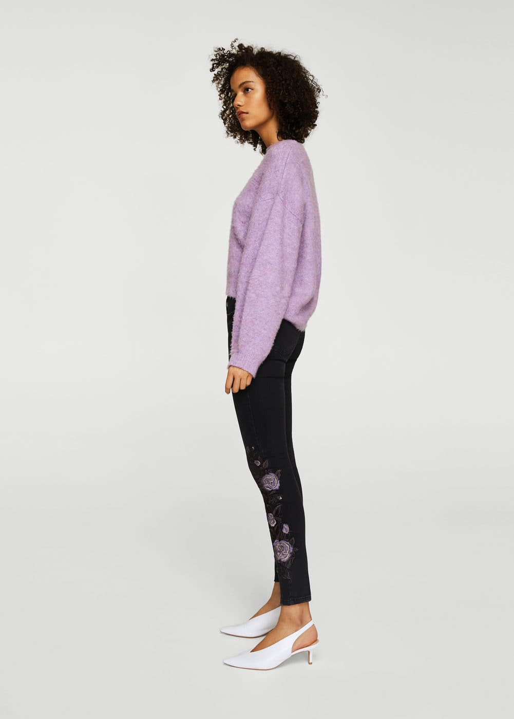 Floral embroidery jeans | MANGO