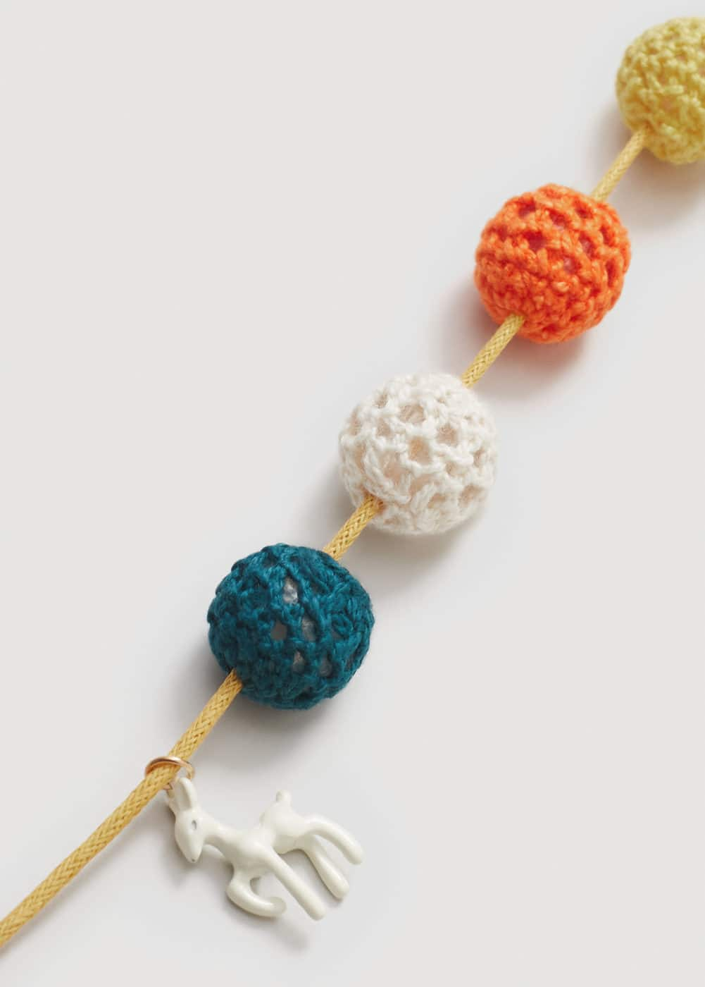 Crochet bead necklace | MANGO