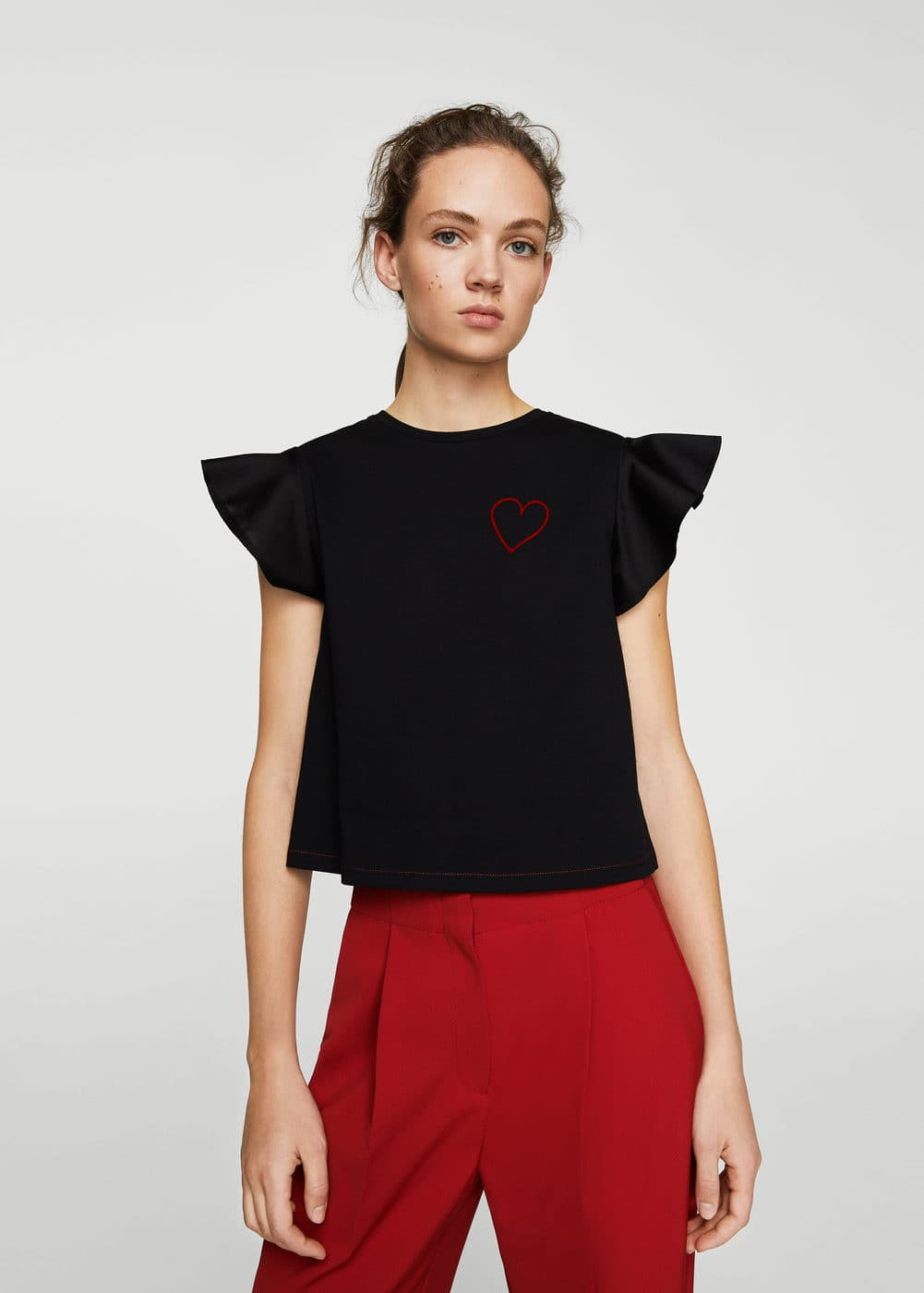 Embroidered heart t-shirt | MANGO