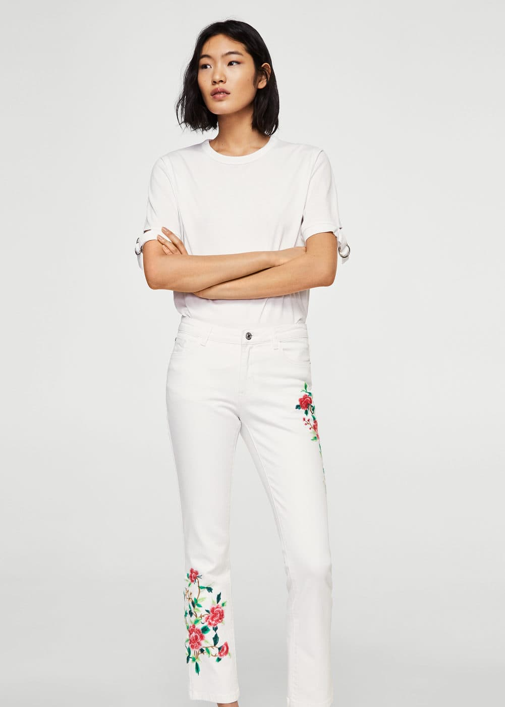 Embroidered straight cropped jeans | MANGO