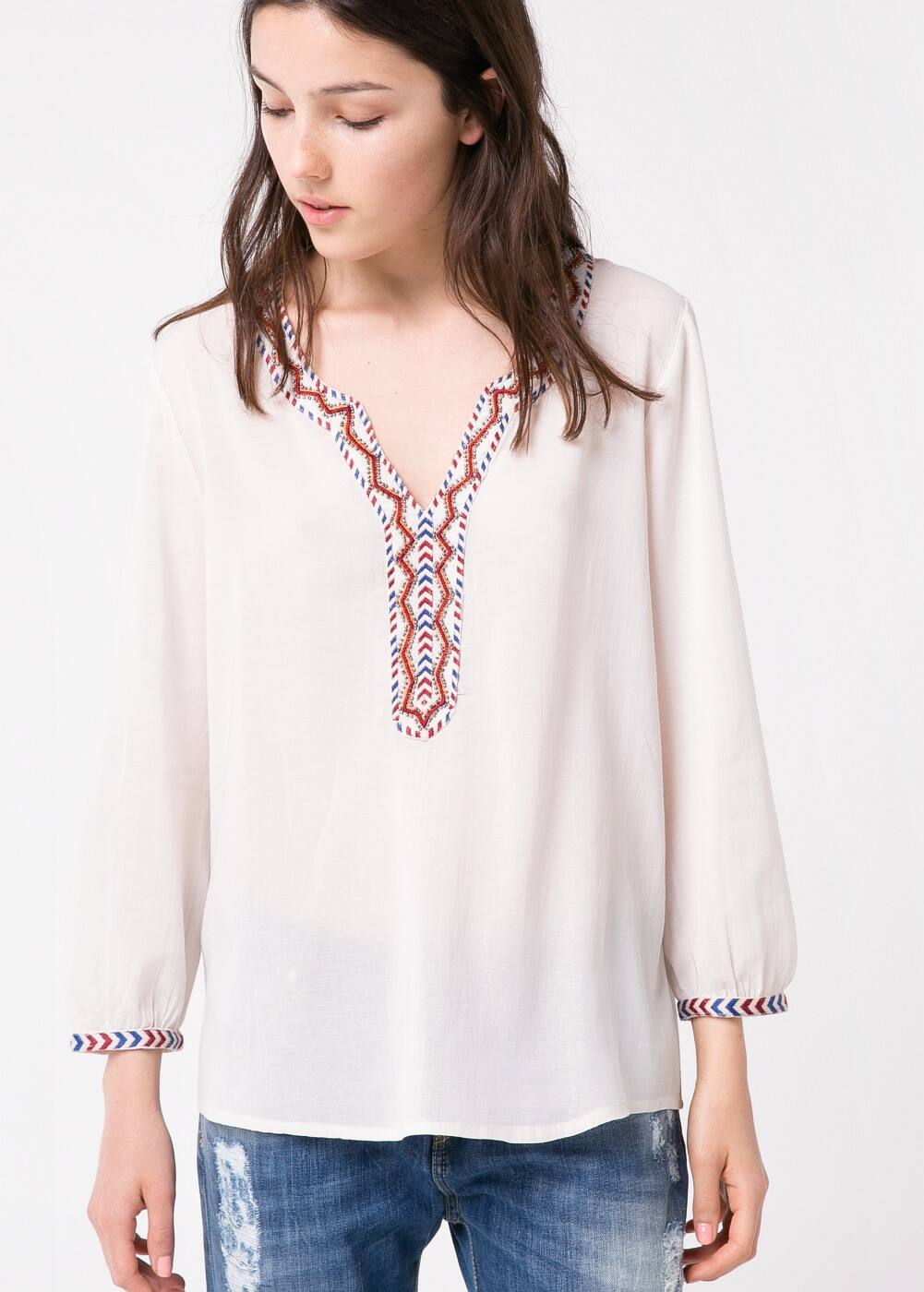 Beaded embroidered blouse | MANGO