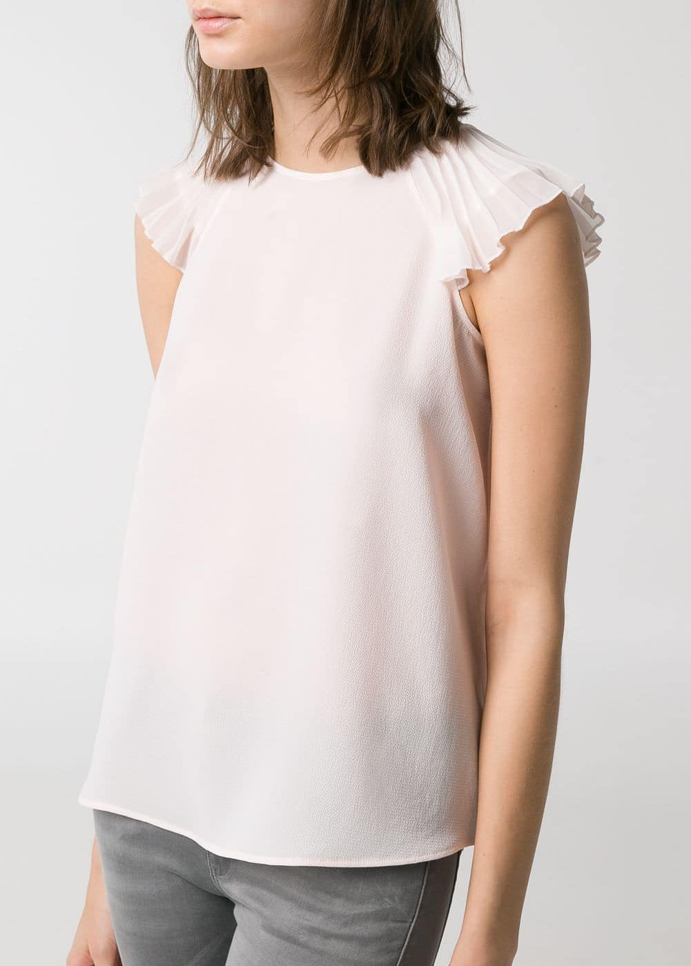Petal sleeves top | MANGO