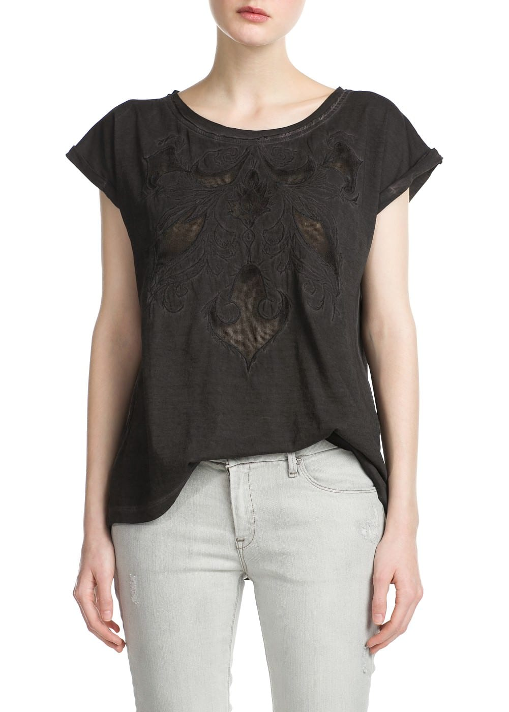 Embroidered distressed t-shirt | MANGO