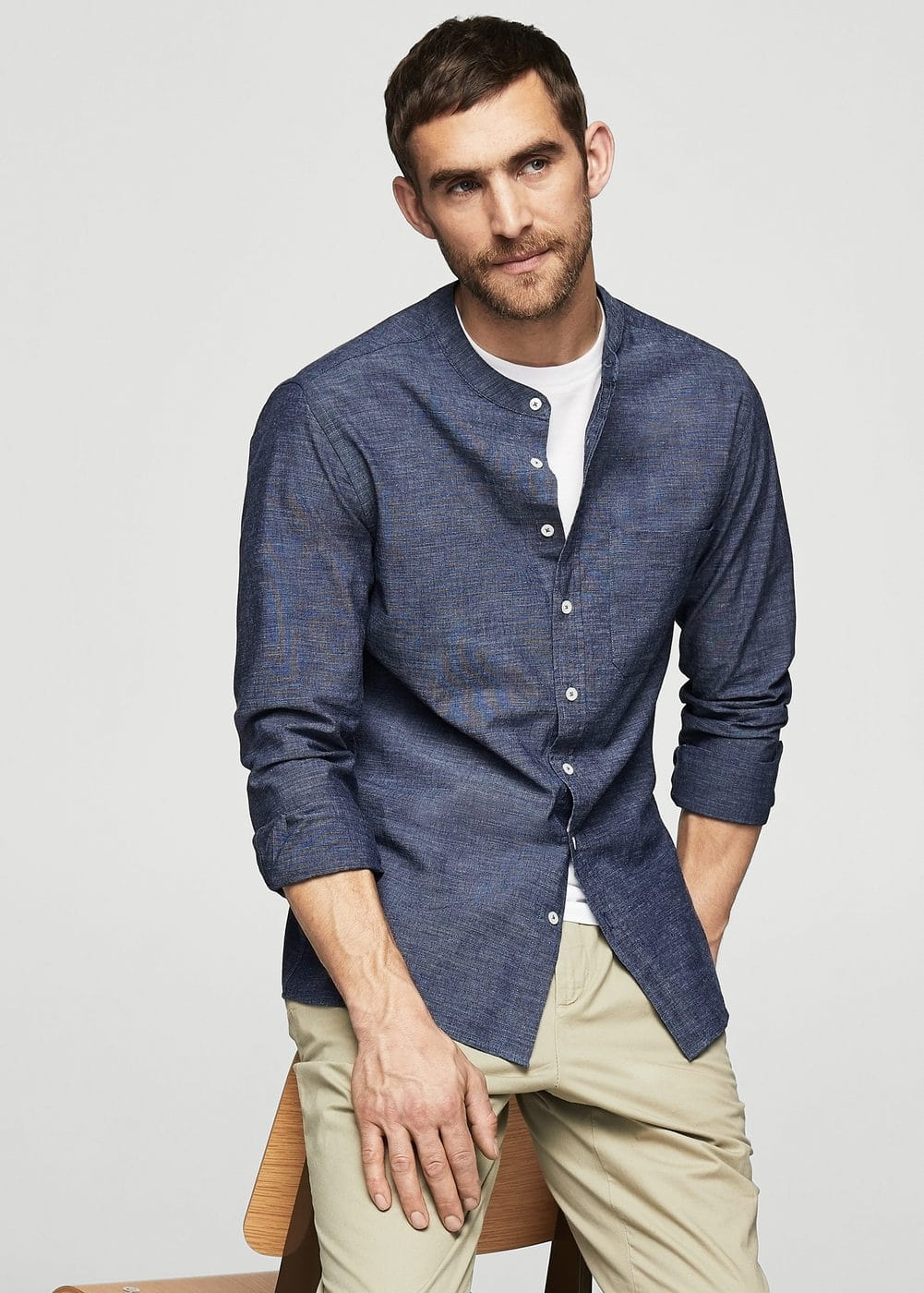 Regular-fit cotton chambray shirt | MANGO MAN