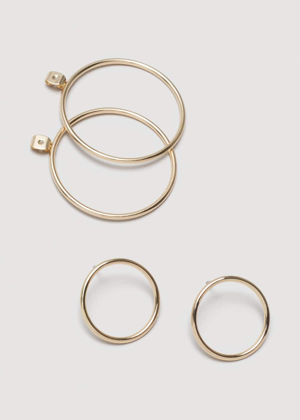 Metallic hoop earrings | MANGO