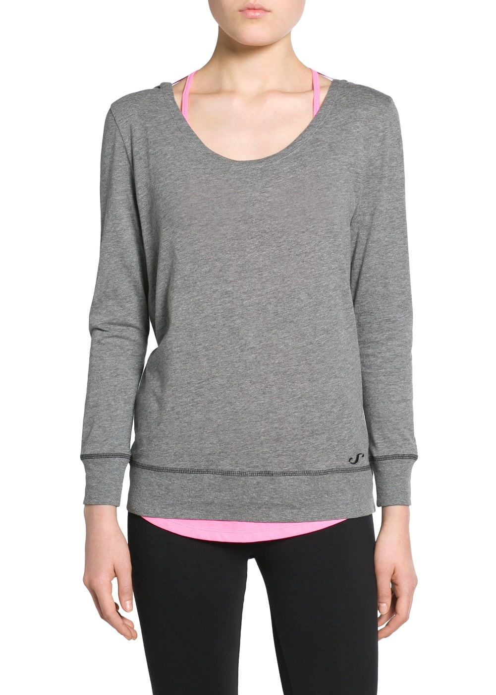 Yoga - open back t-shirt | MANGO