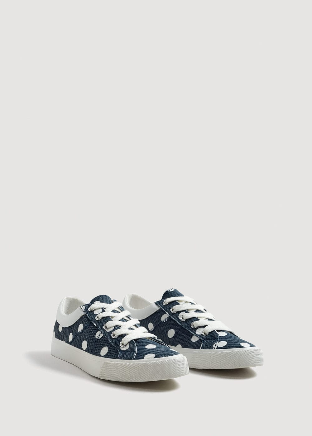 Light-weight polka dot sneakers | MNG
