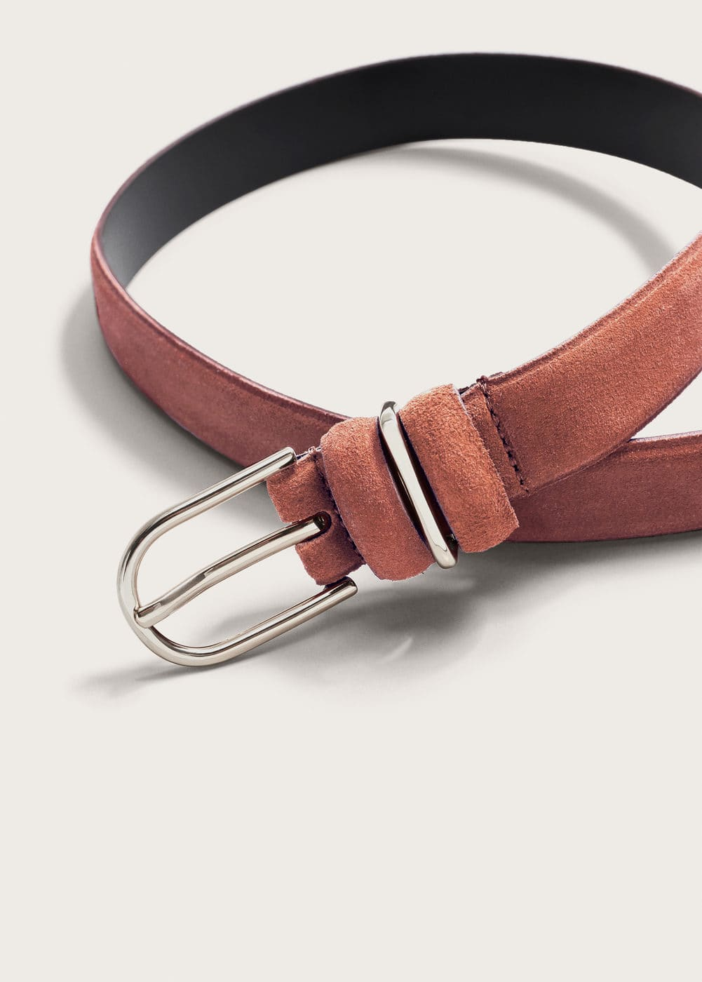 Buckle leather belt | VIOLETA BY MANGO