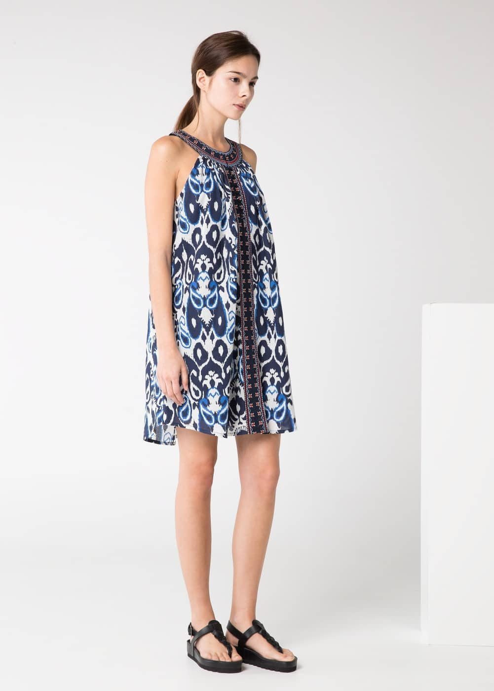 Embroidered paisley dress | MANGO