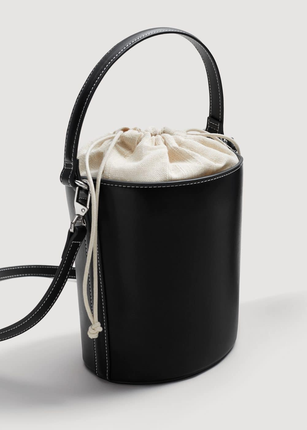 Bucket cross-body bag | MANGO
