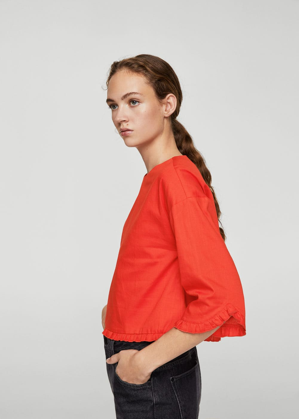 Ruffled blouse | MANGO