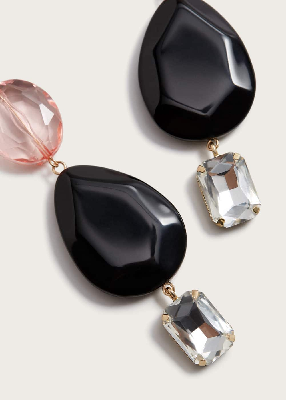 Crystal beads earrings | VIOLETA BY MANGO