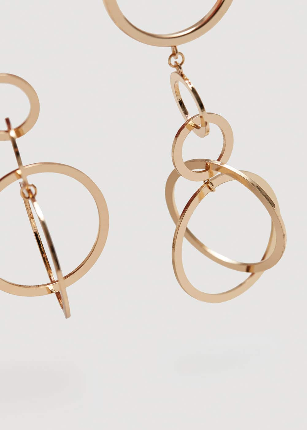Metal pendant earrings | MANGO