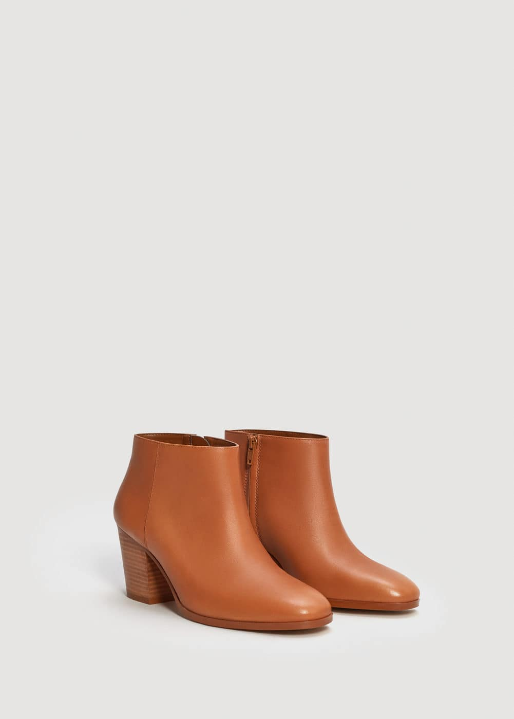 Zipped leather ankle boots | MANGO