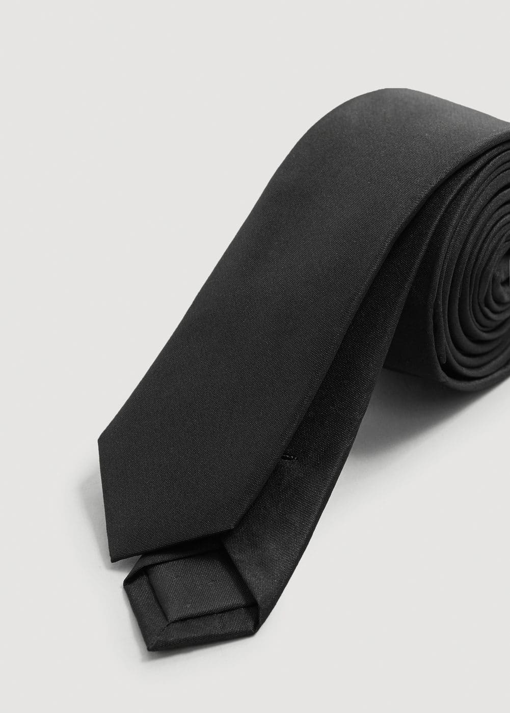 Narrow silk tie | MANGO MAN