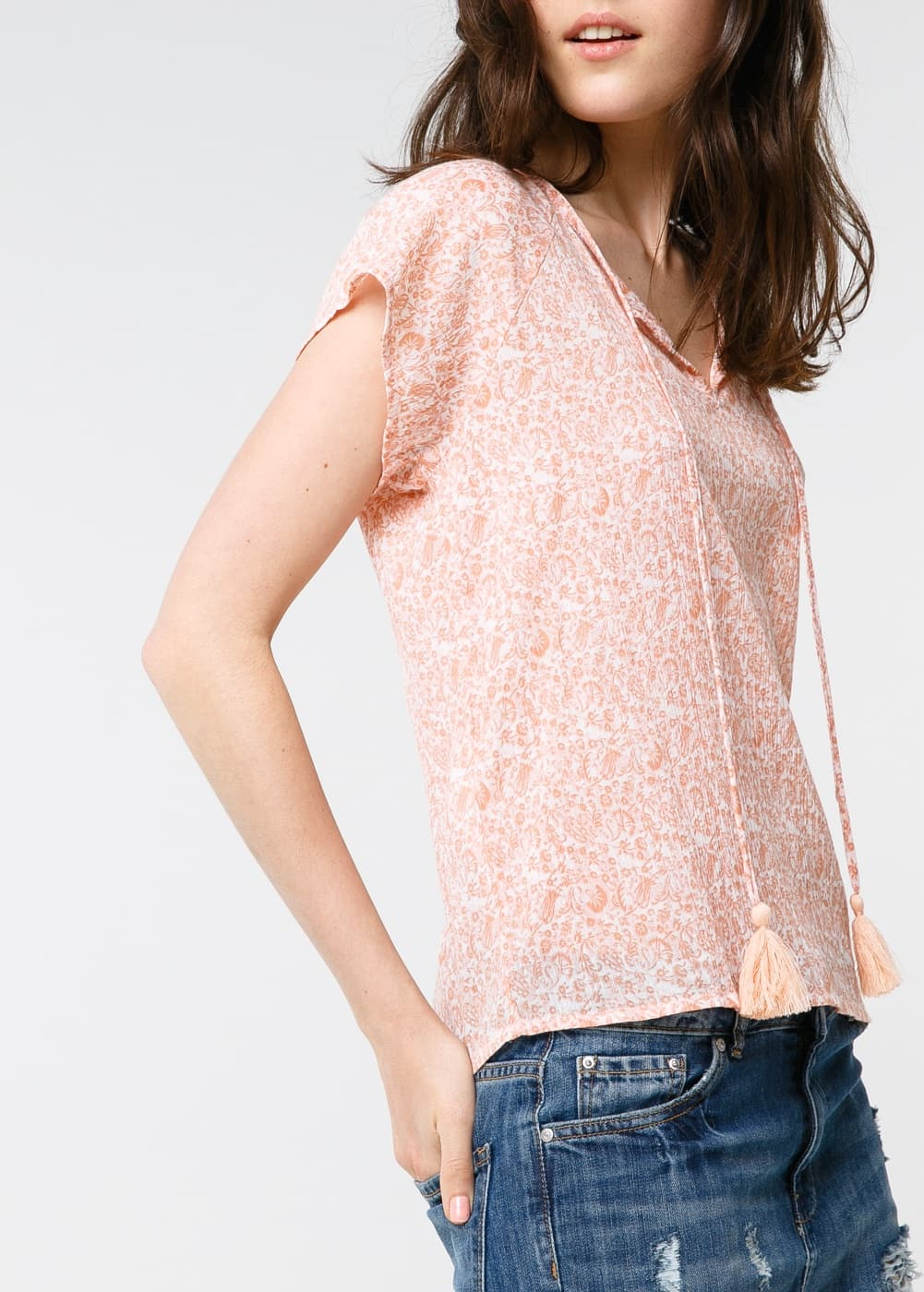 Top borlas estampado | MANGO
