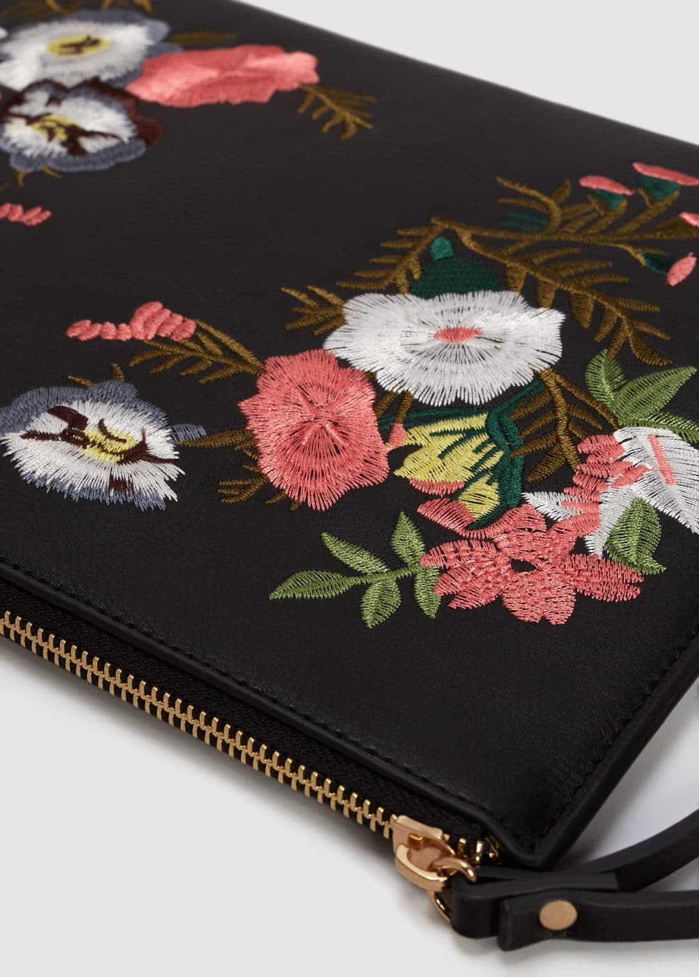 Floral embroidery clutch | MNG