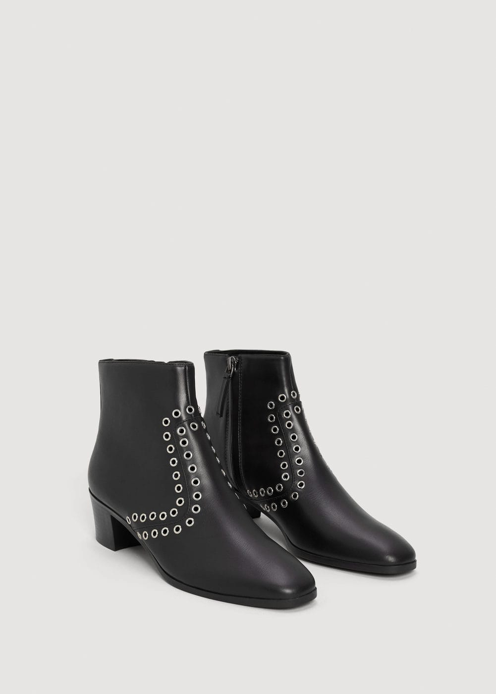 Stud ankle boots | MANGO