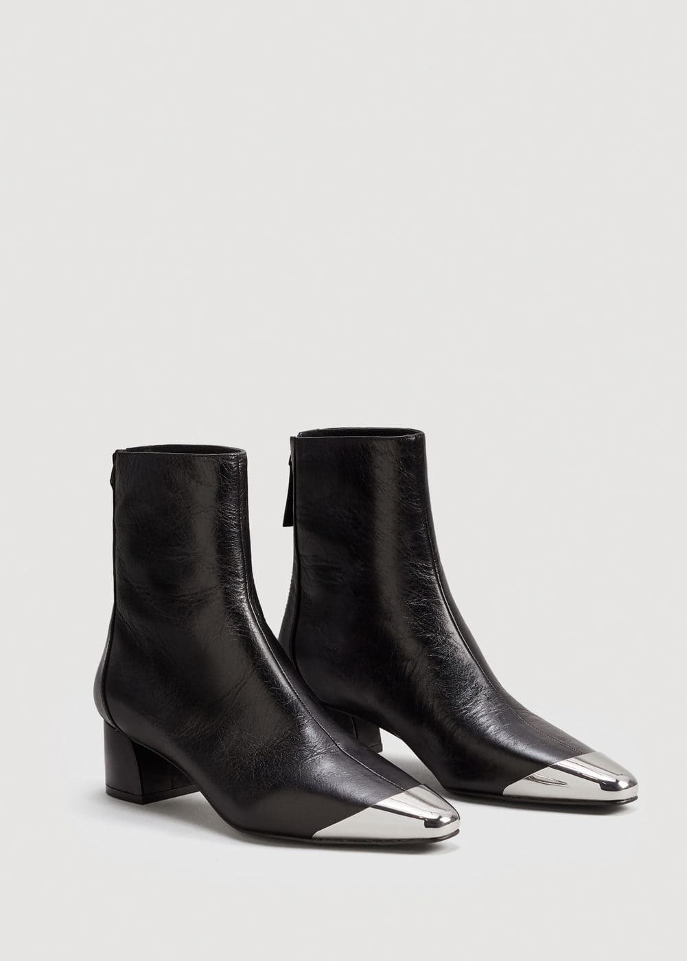Metallic pointed toe leather ankle boots | MANGO
