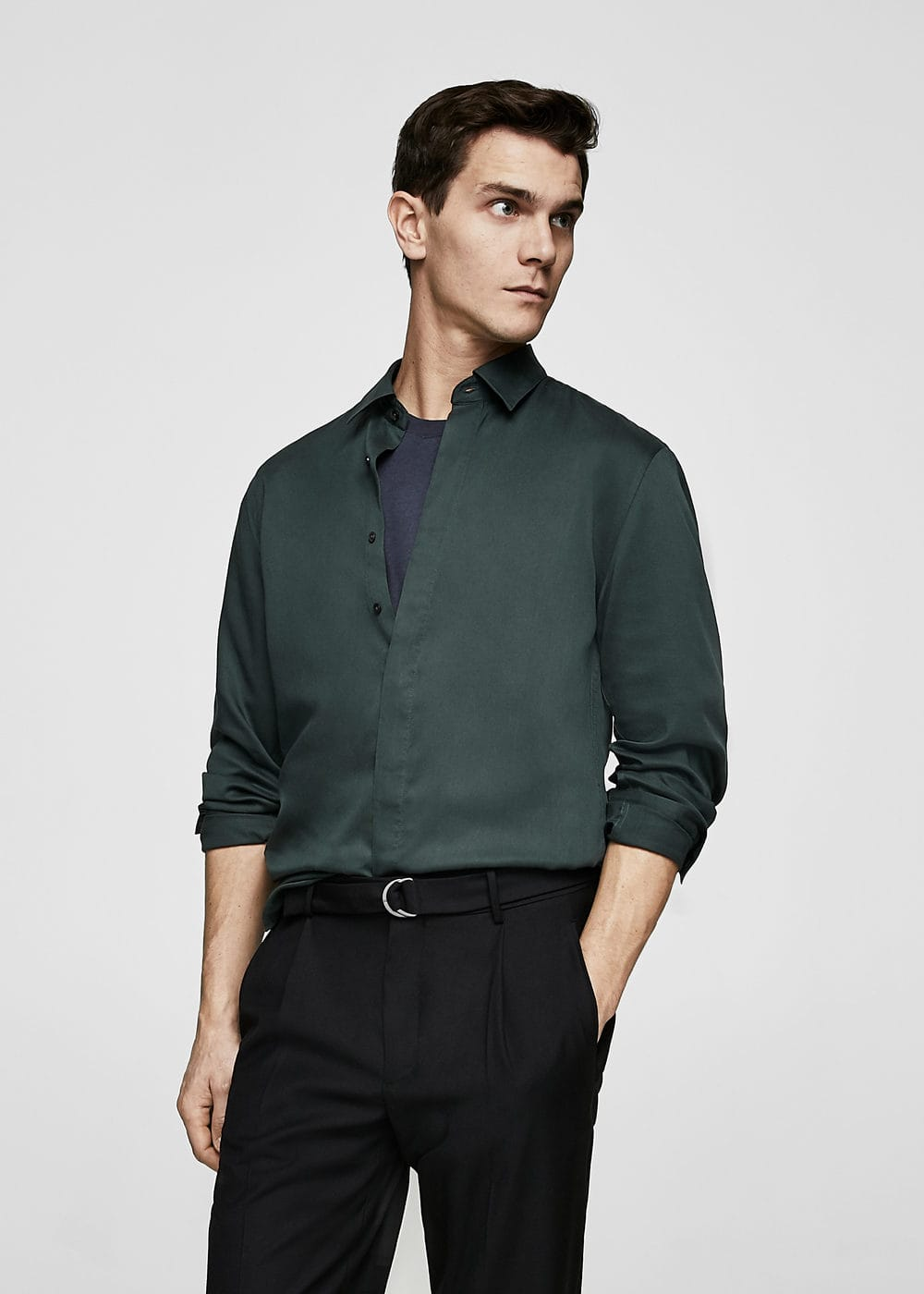 Regular-fit hidden buttons shirt | MANGO MAN