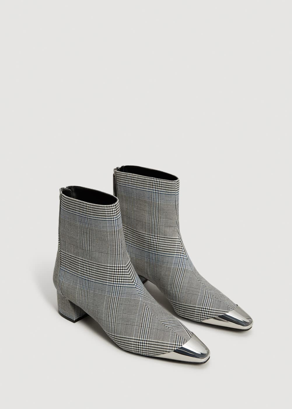 Metallic pointed toe check ankle boots | MANGO