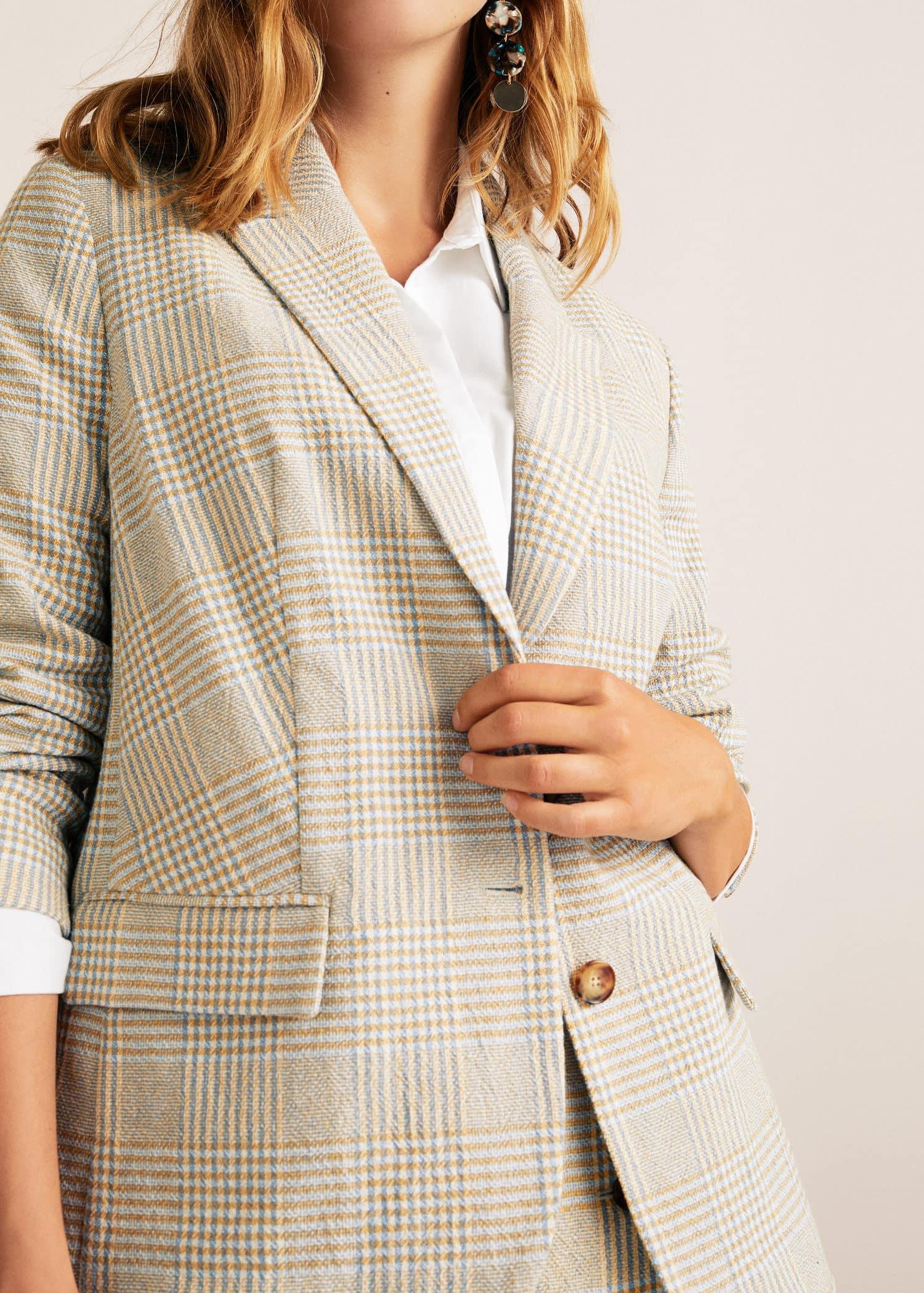 Blusa Textura Botones Camisas De Mujer | Outlet España from Mango Outlet on 21 Buttons