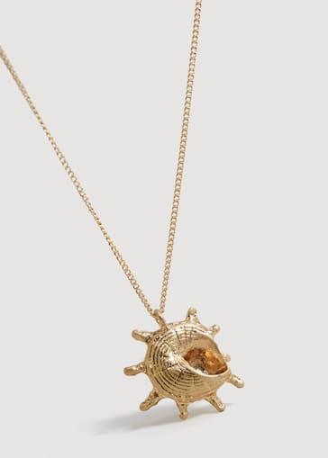 Shell pendant necklace - Women   Mango USA ded4d5c45cb