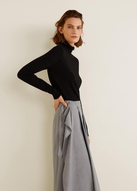 Μακριά φούστα πιέτες