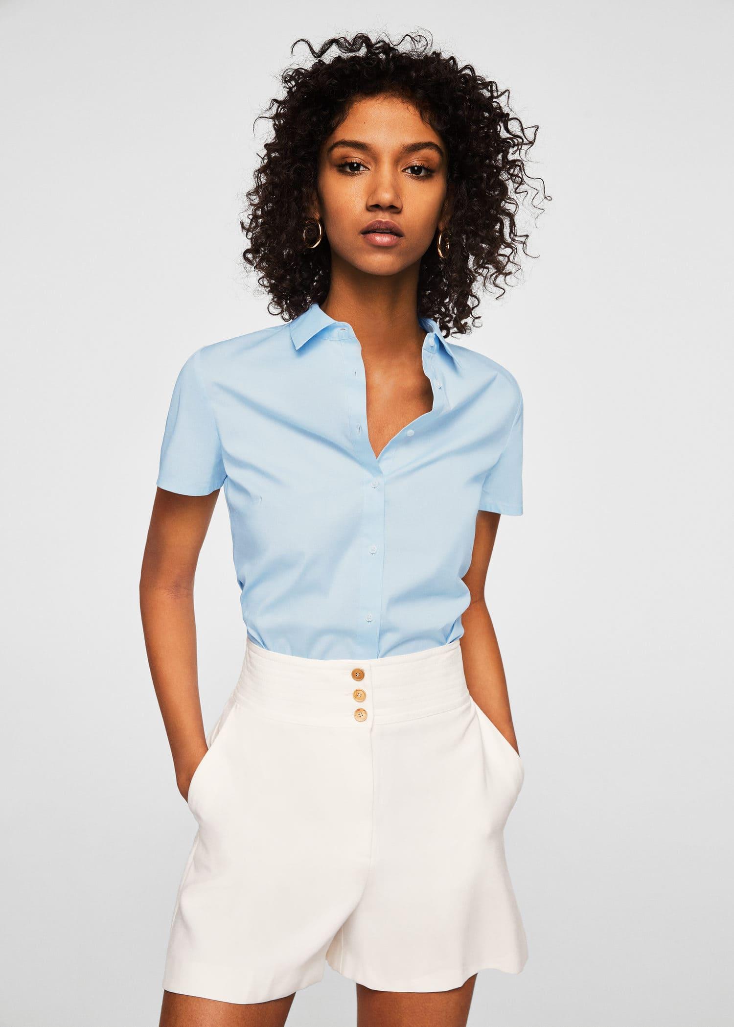 Shoptagr | Kurzärmelige Hemdbluse by Mango