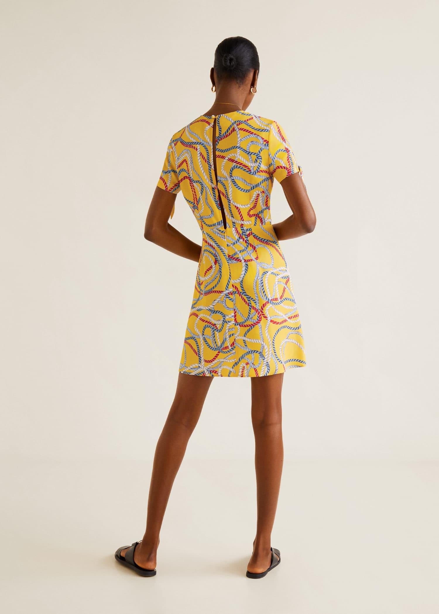 Langes kleid mit schalmuster Damen   Mango Deutschland