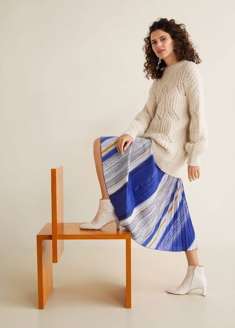 2e463e9aa50a1d Printed pleated skirt - Details of the article 1