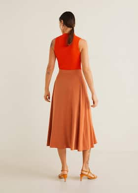 5df4a6e4cf Buttoned midi skirt - Woman | MANGO Jordan