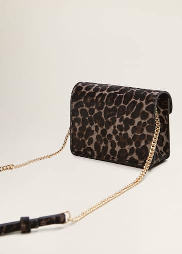 1197a7ac663 Leopard-print leather bag - Woman | Mango Jordan