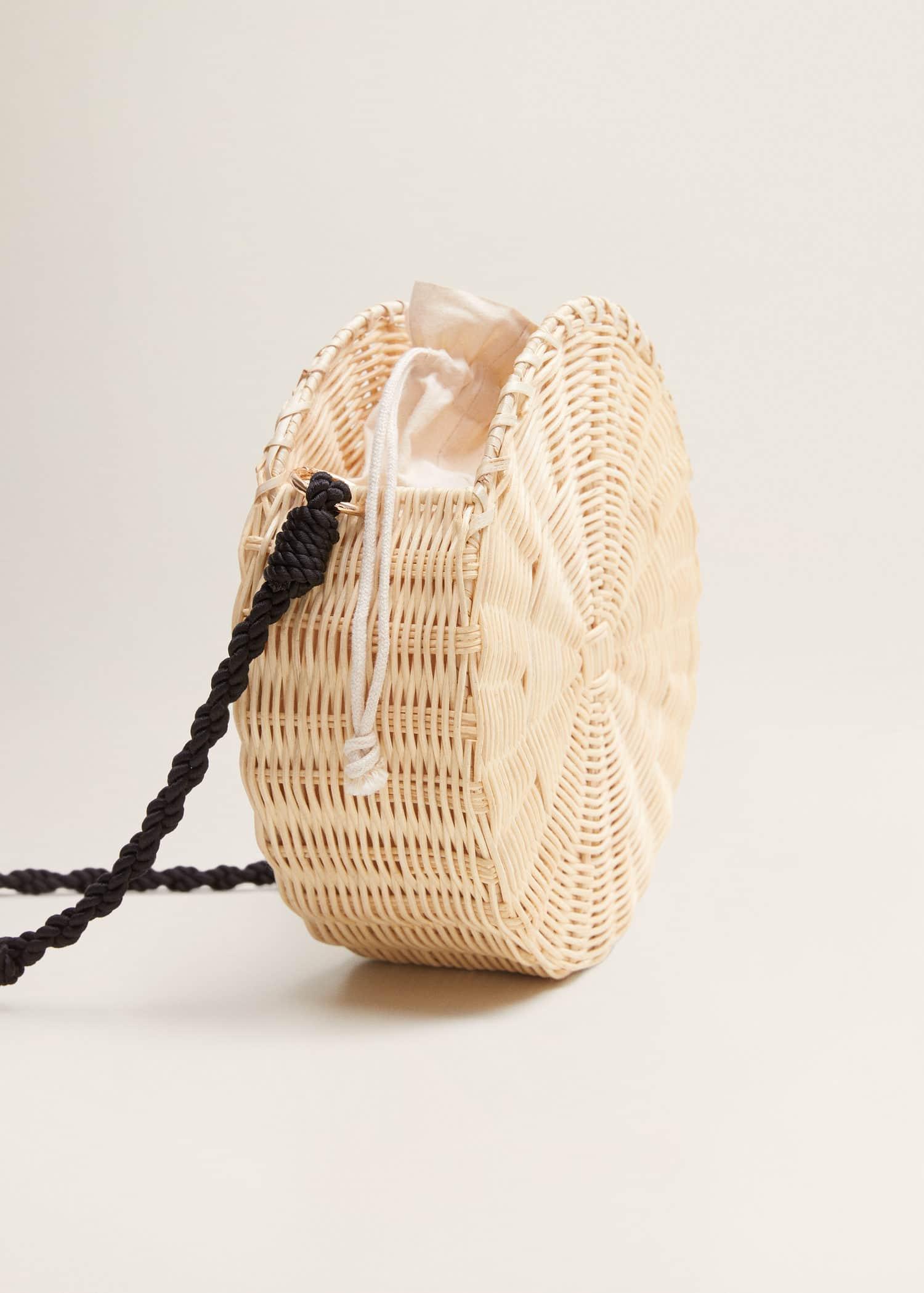 Bolso redondo bambú Mujer | Mango España