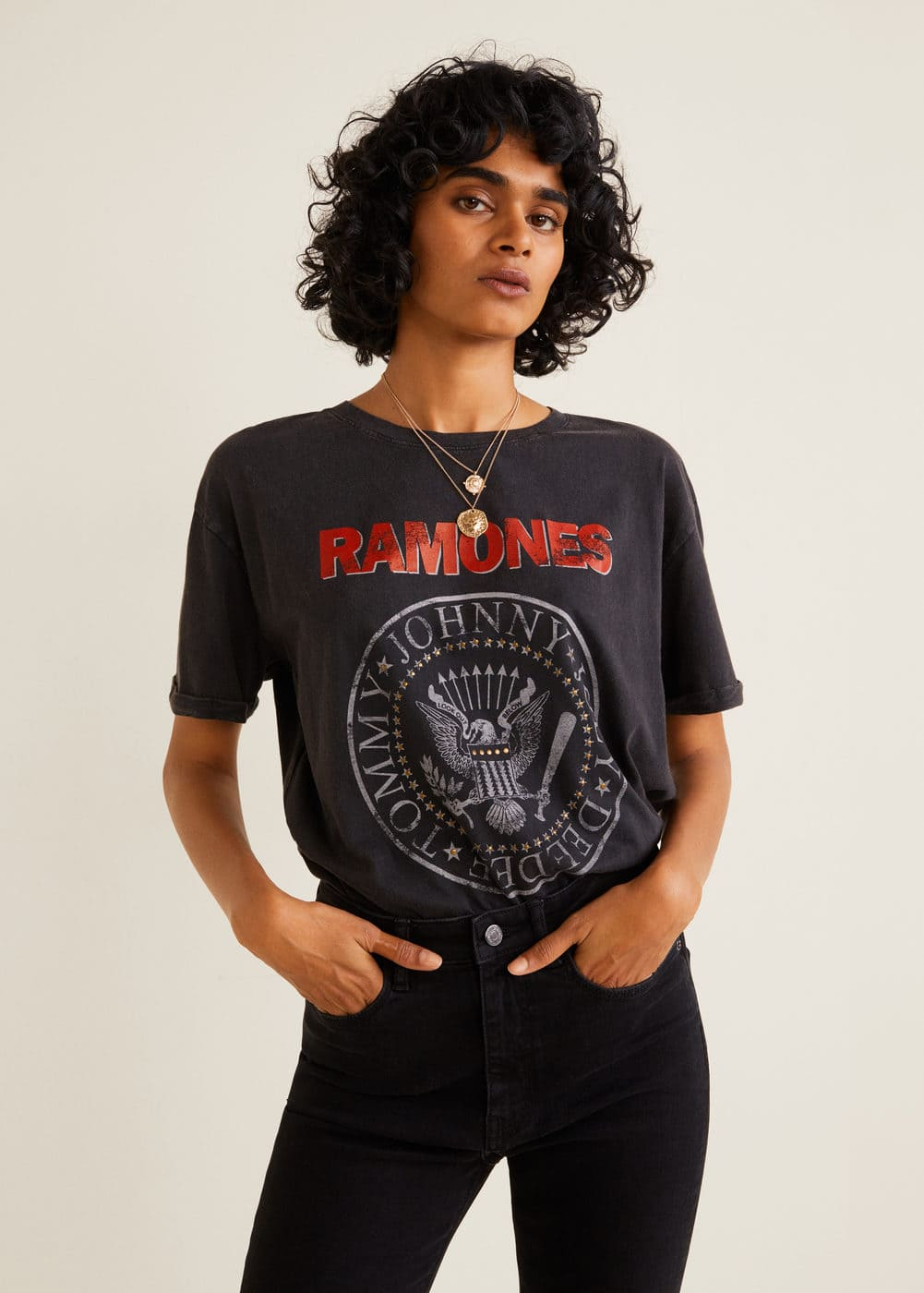 T Shirt Dos Ramones by Mango
