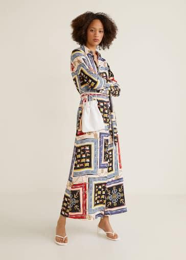 01ffc726de Koszulowa wzorzysta sukienka - Plan ogólny