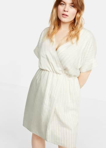 c12d55f8d1be Stripete kjole med krysset design - Total bildeutsnitt