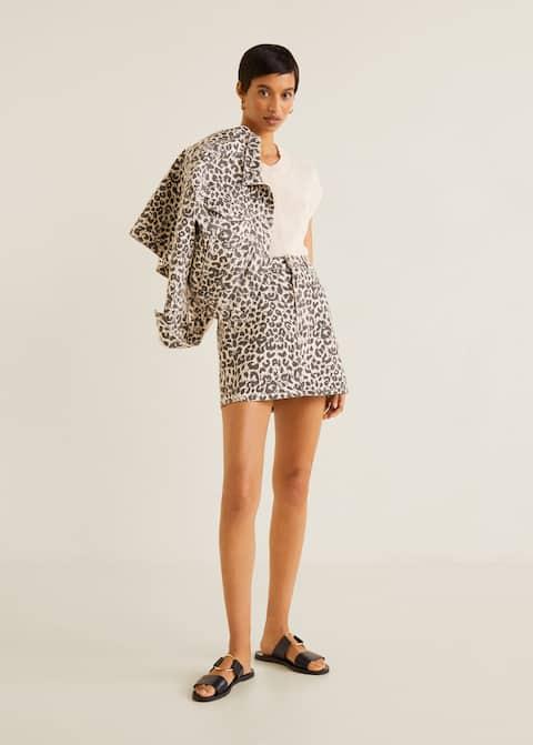 Fusta mini din denim leopard, 139,90 RON, Mango