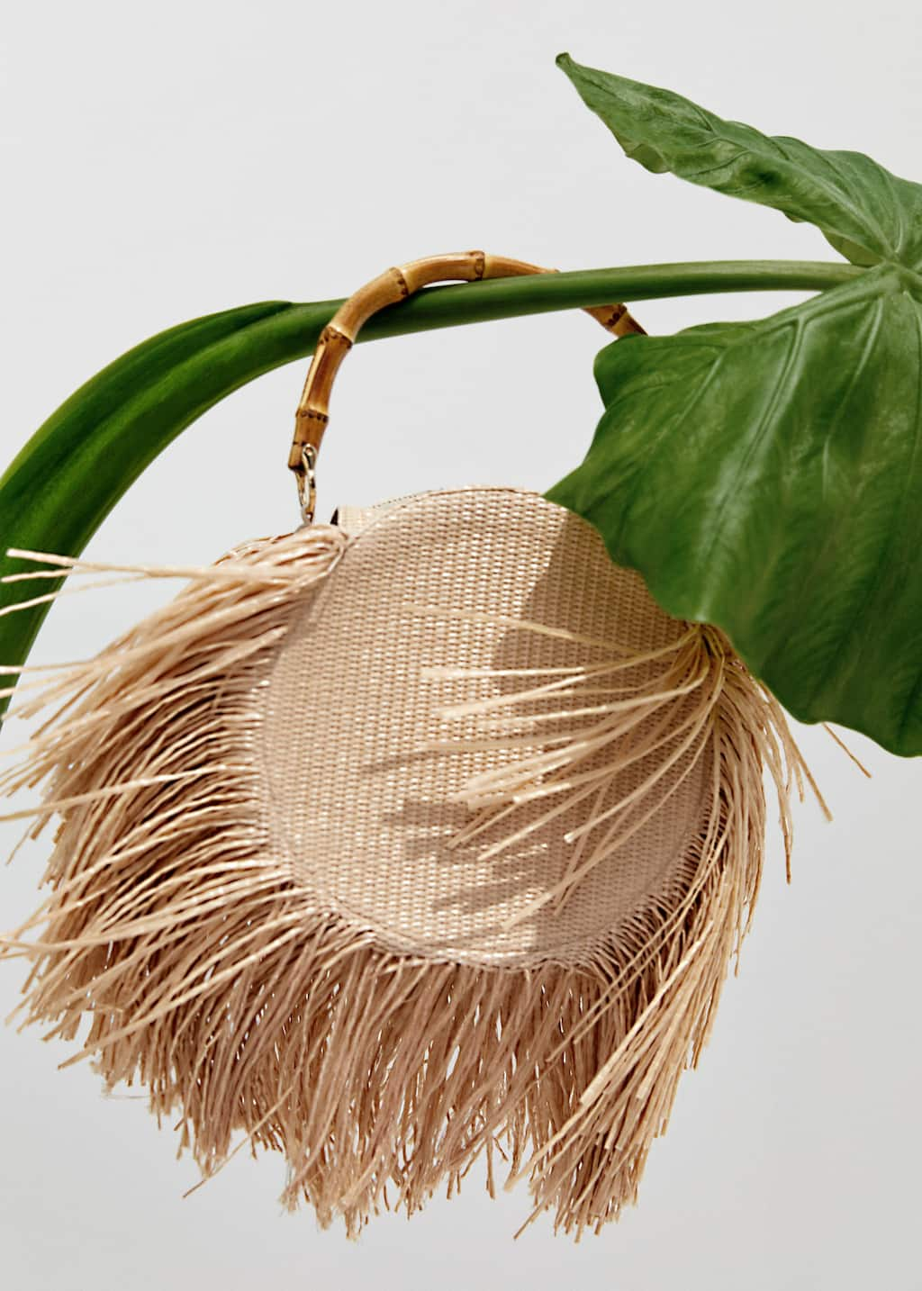 Round fringed bag - Detail of article 9