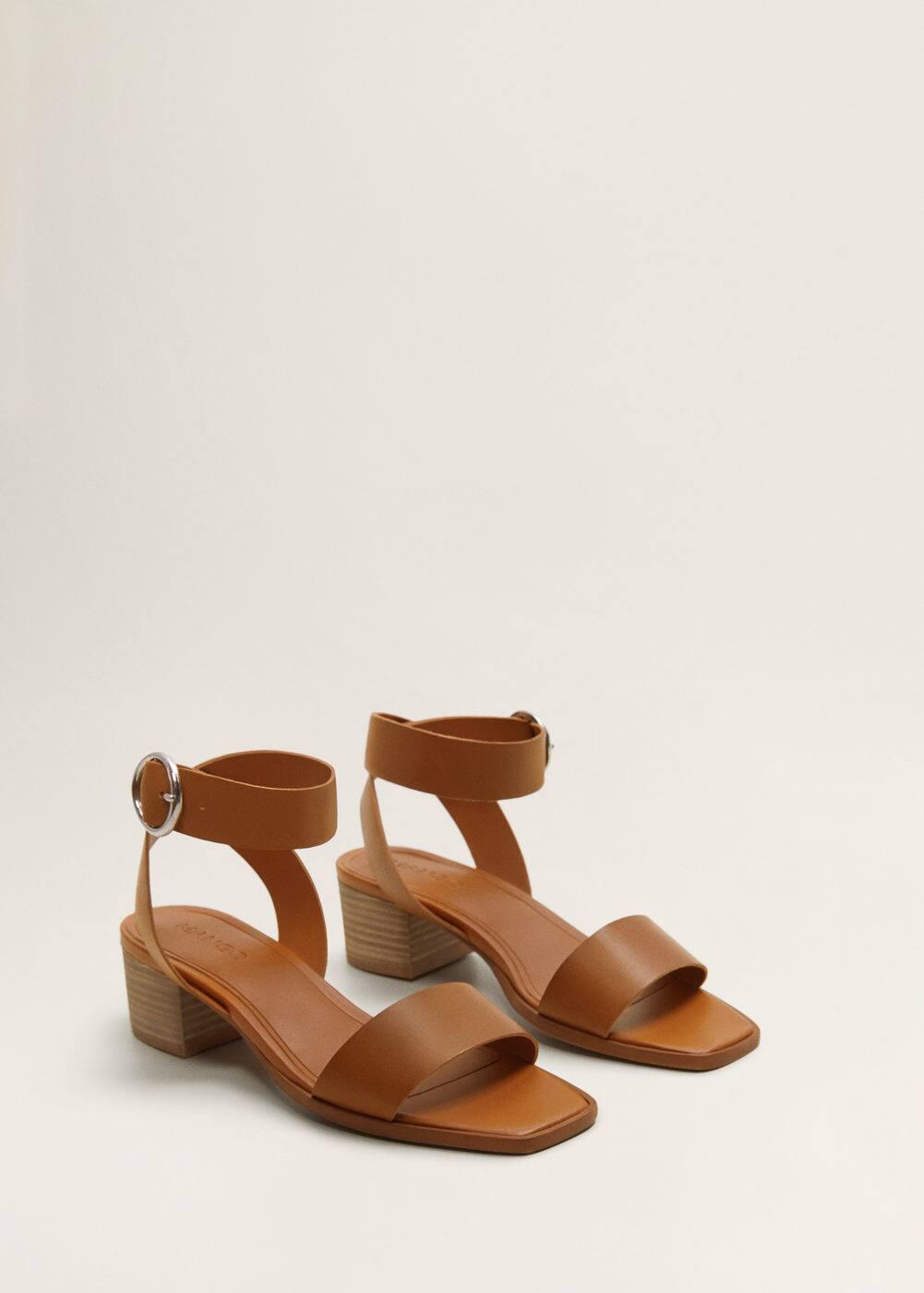 m-gema:sandalia piel pulsera