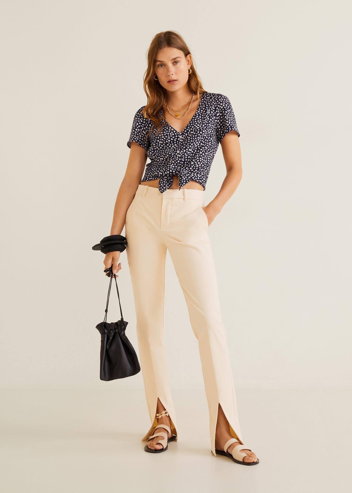 1a27700c95d038 Mango Buttoned flowy blouse 1 Mango Buttoned flowy blouse 3 ...