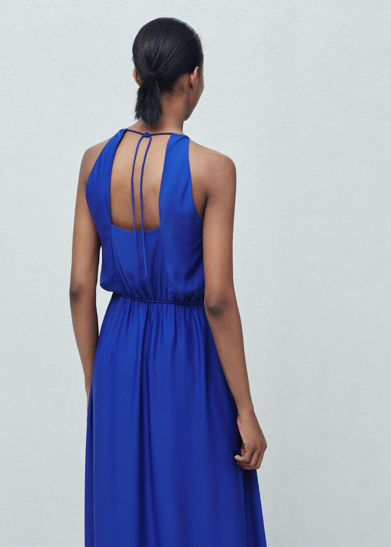 Vestido largo azul klein mango
